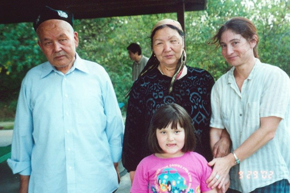 Dwyer and Uyghur visitors